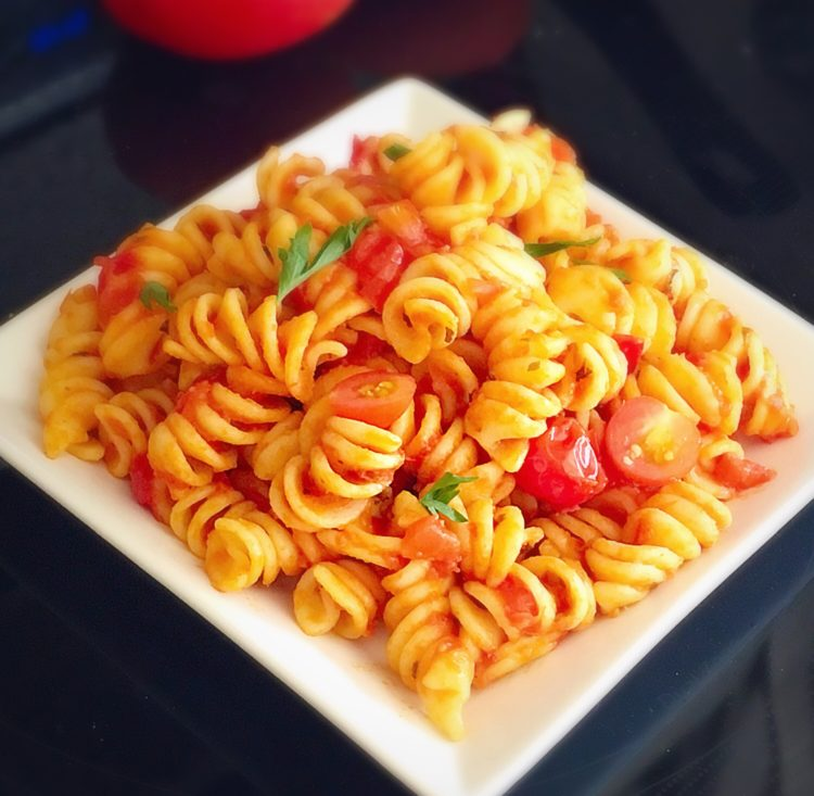 Tomato pasta recipe, Pasta in basil garlic tomato sauce