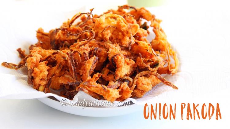 Onion pakoda, Cripsy onion pakora, Onion fritters